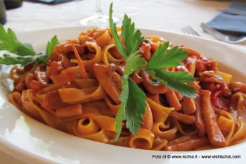 Fettuccine with squid