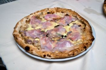 Pizza Tartufon